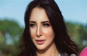 """""""إزيك النهارده"""" لـ """"ساندي"""" يتصدر يوتيوب في مصر"""