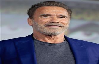"""شوارزنجر يستشهد بجملة شهيرة من فيلمه """"Terminator 2"""" بعد تلقيه لقاح كورونا"""