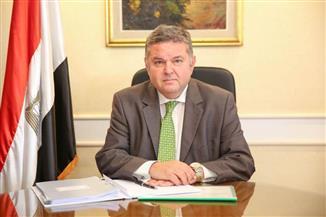 """وزير قطاع الأعمال: صرف التعويضات لعمال """"الحديد والصلب"""" قريبا"""