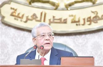 جبالي للأعضاء: الالتفاف حول الوزراء لا يليق بنواب الشعب.. ويهنئ مناع