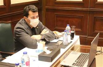 وزير الرياضة يعقد اجتماعه الثاني مع رؤساء الوفود المشاركة ببطولة العالم لكرة اليد