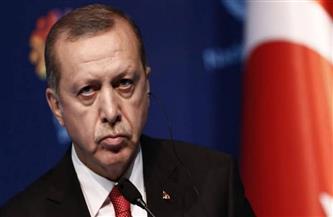 """""""بلومبرج"""": أردوغان يواصل الإطاحة بمسئوليه الماليين بعد تفاقم الأزمات الاقتصادية"""