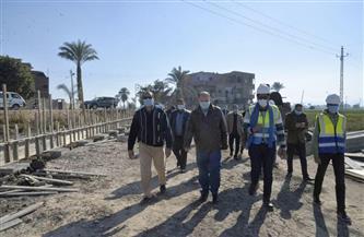 محافظ أسيوط يتفقد مشروع الصرف الصحي بقرية المسعودي وكوبري الكيلو 149 بأبوتيج | صور