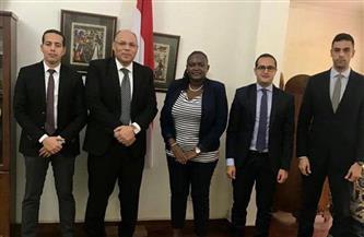 سفير مصر في دار السلام يلتقي برئيسة مؤسسة القطاع الخاص التنزانية| صور