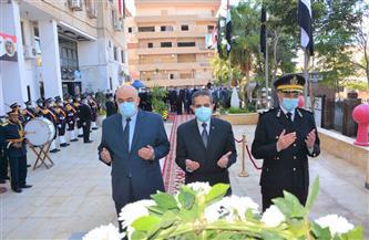 محافظ الغربية يضع إكليلا من الزهور على النصب التذكاري لشهداء الشرطة| صور