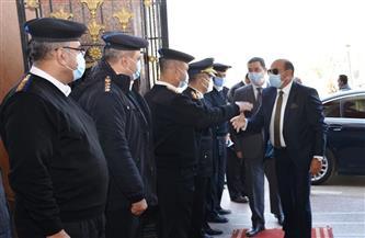 محافظ أسوان يزور مديرية الأمن للتهنئة بالعيد الـ 69 للشرطة | صور