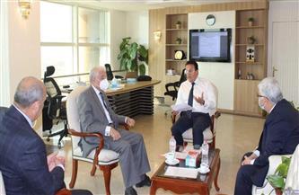 محافظ جنوب سيناء يلتقي وزير التعليم لبحث إنشاء جامعة حكومية | صور