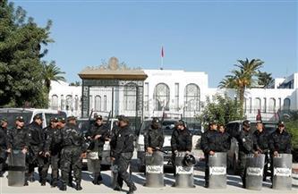 احتجاجات وإجراءات أمنية مشددة في محيط برلمان تونس