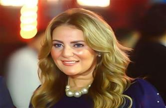 رانيا محمود ياسين: استرجعت ذكرياتي مع تقديم البرامج بسبب «الطاووس»