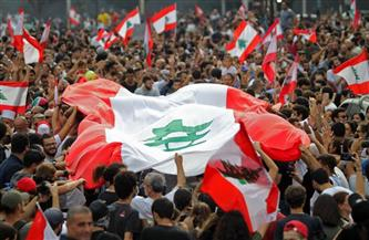 صحف لبنان تحذر من انفجار الاحتجاجات بسبب تدهور الأوضاع المعيشية