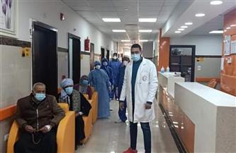 خروج 9 حالات بعد تعافيهم من كورونا من مستشفى العديسات للعزل بالأقصر | صور
