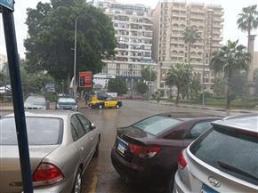 """نوة """"الكرم"""" تضرب سواحل الإسكندرية بأمطار متوسطة وصقيع   صور"""