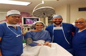 حورية فرغلي تكشف عن تفاصيل 4 عمليات تجميل في أنفها بأمريكا | فيديو