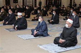 وزيرا الداخلية والأوقاف يؤديان صلاة الجمعة بمسجد الشرطة بالتجمع