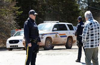 الشرطة الكندية تعتقل محتفلين بالأعياد من داخل منزلهم بسبب كورونا| فيديو
