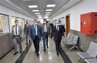 محافظ بورسعيد يوجه بإعداد قاعدة بيانات كاملة عن حركة الاستيراد والتجارة بالمنطقة الحرة |صور