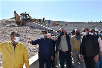وزير الإسكان يتفقد عددًا من المشروعات السياحية والخدمية بمدينة أسوان الجديدة
