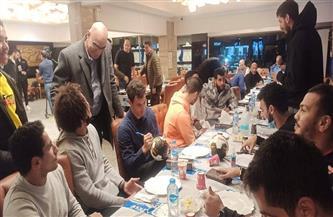 عزومة «سمك وجمبري» لمنتخب مصر لكرة اليد   صور