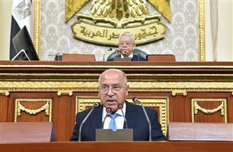 """كامل الوزير: العمل جار في المرحلة الأولى من """"المشروع القومي لرصف الطرق المحلية"""" بـ 12 محافظة"""