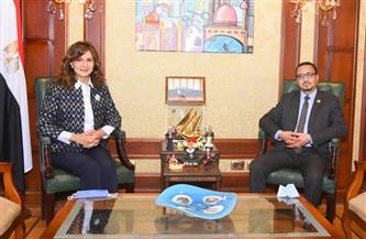 وزيرة الهجرة تستقبل عضو مجلس النواب عن المصريين بالخارج لبحث أزمة العالقين في عُمان