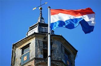 في أول تخفيف لقيود كورونا.. هولندا تعاود فتح المدارس الابتدائية في 8 فبراير