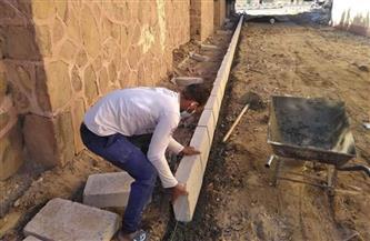 استمرار أعمال التطوير بشوارع مدينة القصير|صور