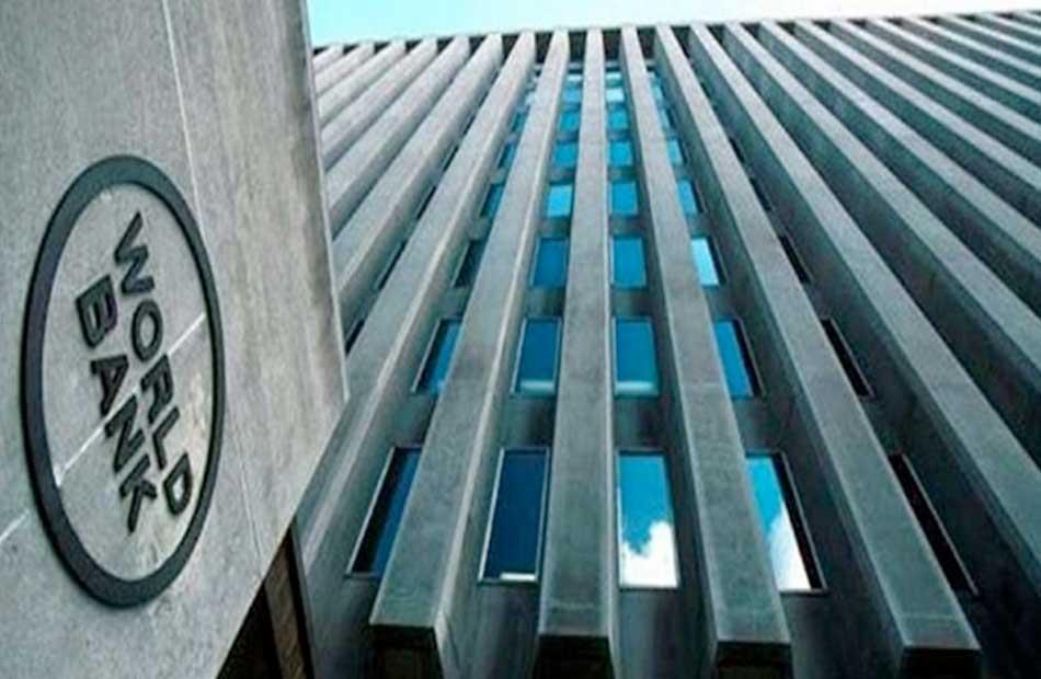 البنك الدولي يُحذر من احتمال تعرض ملايين الأفارقة للفقر جراء تداعيات تفشي كورونا