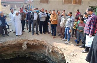 بدء أعمال إصلاح الهبوط الأرضي بقرية طيبة غرب الإسكندرية | صور