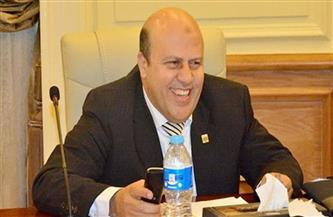 """""""حي عين شمس"""" يواصل حملات إعادة الانضباط للشوارع والمحلات للأسبوع الثاني"""