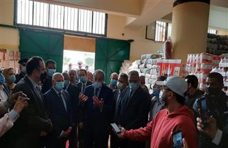 وزير التموين يطمئن على المخزون الاستراتيجي من السلع في بورسعيد | صور