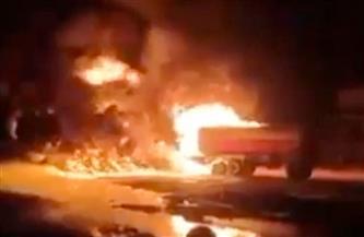 اشتعال النيران فى سيارة نقل أعلى محور صفط اللبن