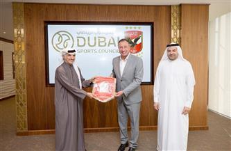 الخطيب يزور مجلس دبي الرياضي ومبادرات مستقبلية بين المؤسستين