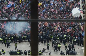 بنس: المحتجون المتورطون في أعمال العنف عند مبنى الكونجرس سيحاسبون بأقصى درجة طبقا للقانون