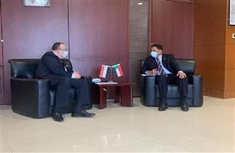 السفير المصري بالخرطوم يبحث تطوير مشروع الربط الكهربائي مع وزير الطاقة السوداني