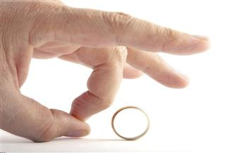 دراسة: فيروس كورونا يدفع معدلات الطلاق والزواج في أمريكا للانخفاض