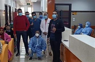 خروج 6 حالات تعافي كورونا من مستشفى العديسات بالأقصر |صور