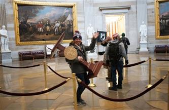 حمل منبر «بيلوسي».. اعتقال أحد مثيري الشغب في الكونجرس