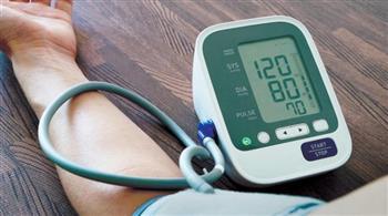 الإصابة-بمرض-ضغط-الدم-أسباب-ارتفاع-الضغط-ومضاعفاته-وأعراضه-و-أطعمة-ينصح-بتناولها