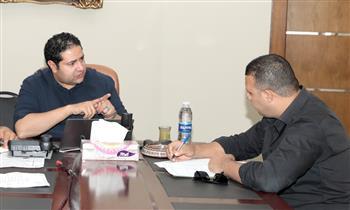 نائب-محافظ-بني-سويف-يواصل-لقاءاته-بمسئولى-ملف-الشكاوى-لتطوير-مستوى-الأداء
