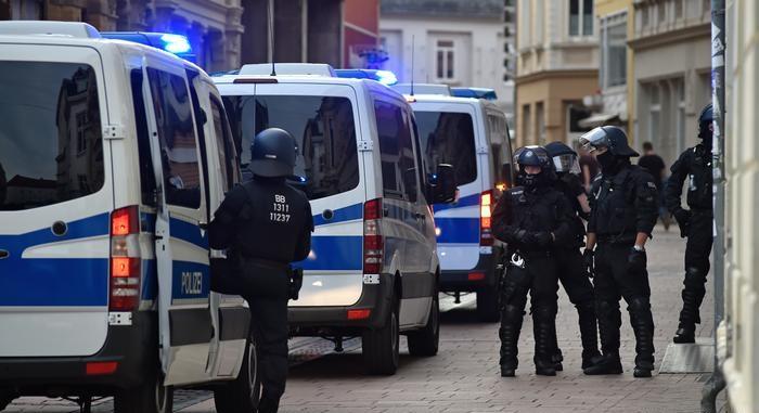 بعد إجلاء  ألف شخص إبطال مفعول قنبلة ضخمة غربي ألمانيا
