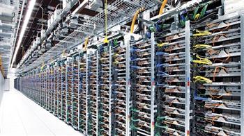 مراكز-البيانات-العالمية-تجتمع-مع-تنظيم-الاتصالات--لتقديم-خدمات-الاستضافة-والحوسبة