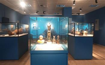 علبة-نشوق-من-مقتنيات-الملك-فاروق-قطعة-شهر-أكتوبر-الأثرية-بمتحف-مطار-القاهرة--
