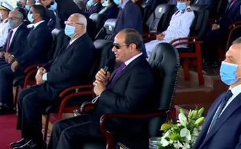 الرئيس-السيسي-أتوجه-بالتحية-والشكر-لأسر-الشهداء-والمصابين