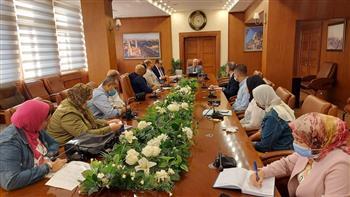 محافظ-بورسعيد-يتابع-مستجدات-العمل-بعدد-من-المشروعات-السياحية-|-صور
