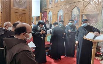 مطران-بورسعيد-يترأس-صلاة-جنازة-كاهن-كنيسة-القديس-الأنبا-بيشوي-|صور