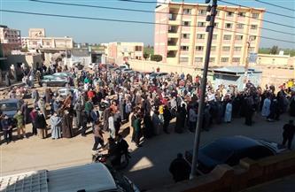 تشييع جنازة عضو مجلس نقابة الأطباء المتوفى بفيروس كورونا بكفر الشيخ | صور