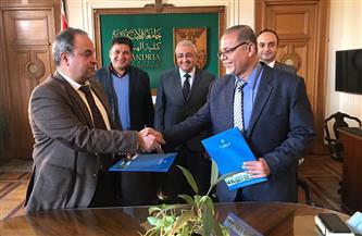 جامعة الإسكندرية توقع عقدا للإشراف على مشروع تبطين الترع بمنطقة الدلنجات |صور
