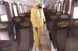 السكك الحديدية تواصل أعمال التطهير والتعقيم للمحطات والقطارات للحد من انتشار فيروس كورونا| صور