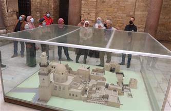 تعليم القاهرة تنظم زيارة لشارع المعز لتنمية الانتماء والولاء للوطن