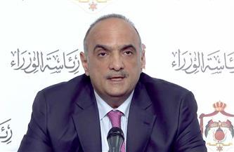 رئيس وزراء الأردن يصل القاهرة على رأس وفد رفيع المستوى